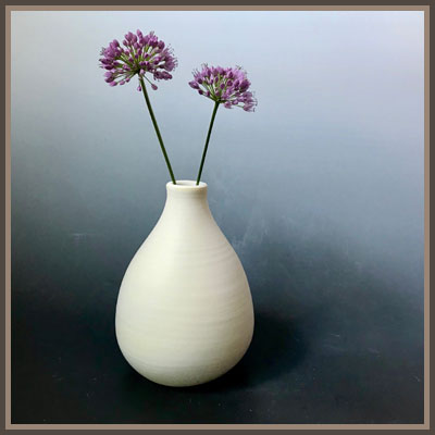 Pottery Online Show-Centered Vessel