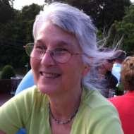 Julie Cavender